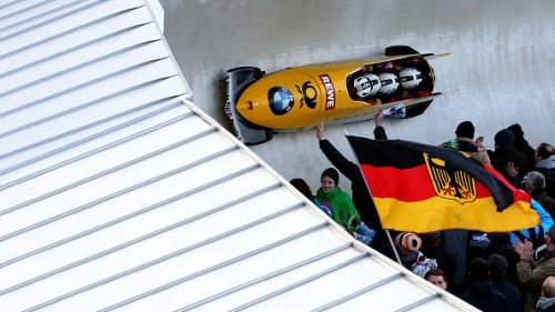 Arndt balza in testa alla gara di bob a quattro nella 3 manche dei mondiali di Winterberg. Tre atleti racchiusi in 3 centesimi