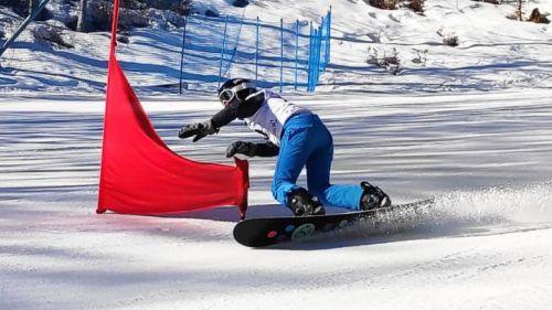 Le alte temperature mettono in difficoltà gli organizzatori della tappa di Coppa del Mondo di snowboard di Piancavallo