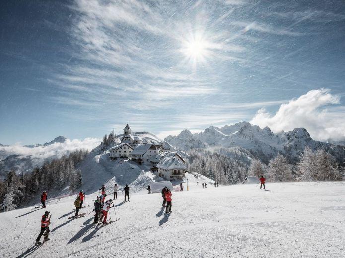 Sabato 8 dicembre si apre la stagione invernale delle montagne del Friuli Venezia-Giulia