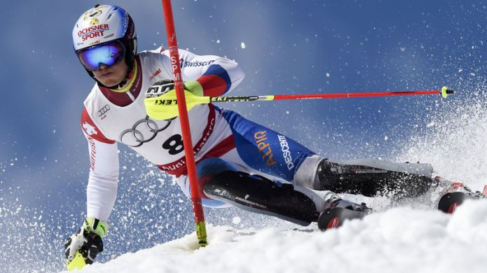 Loic Meillard si aggiudica lo slalom di Obereggen. Decimo Tommaso Sala