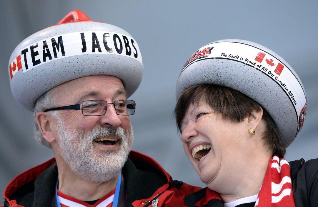 Brad Jacobs infila la sesta e vola in semifinale a Sochi