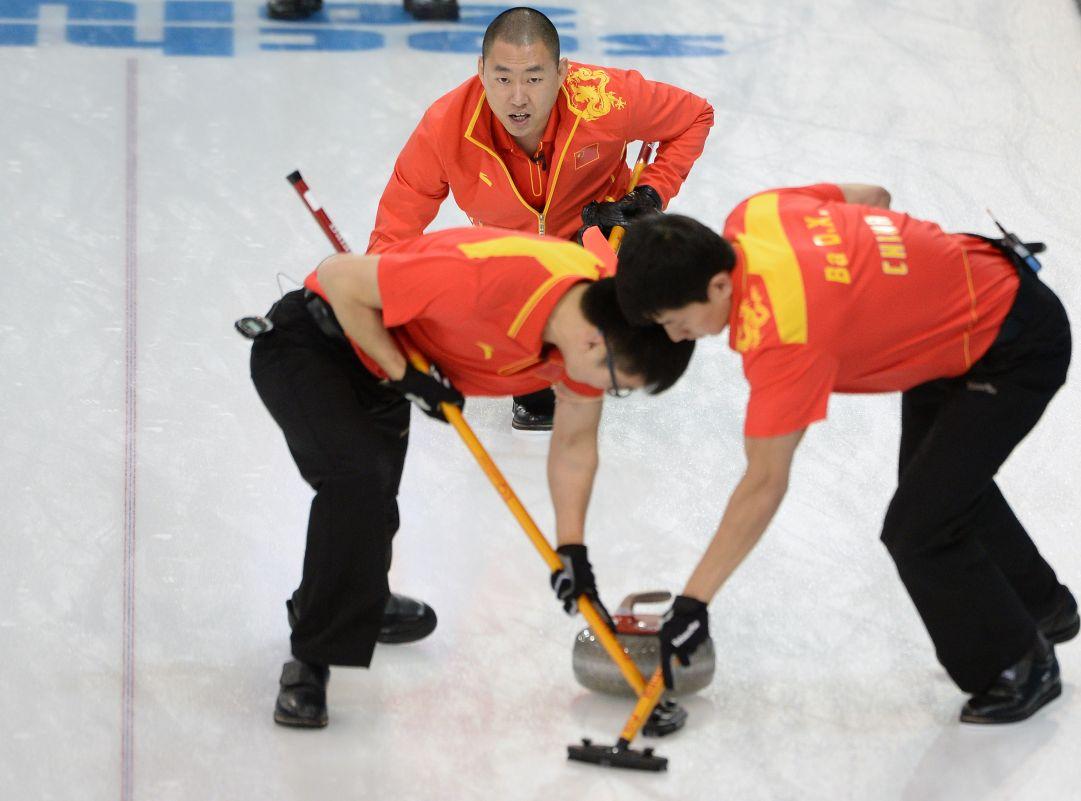La Cina a sorpresa in testa al girone maschile