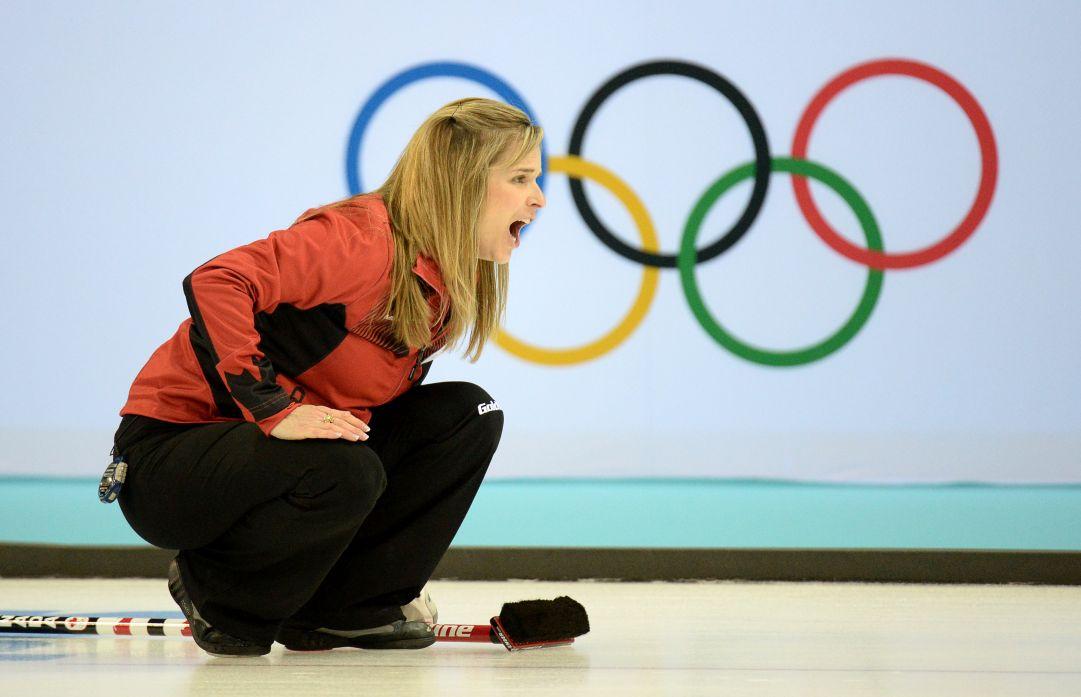 Jennifer Jones è la prima a raggiungere le semifinali