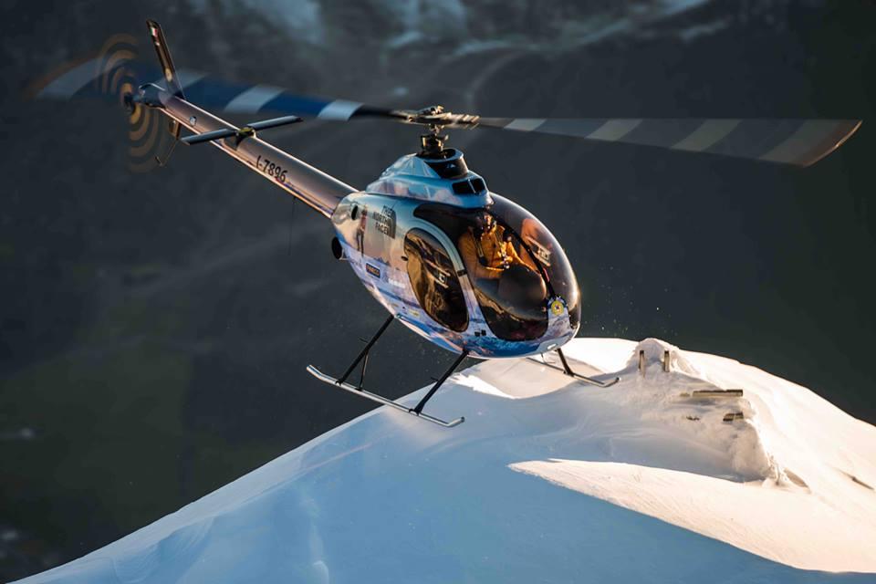 Simone Moro sempre più in alto: tra Montebianco e l'invernale al Nanga Parbat infila il record di volo in elicottero