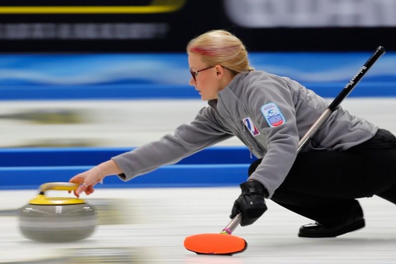 Le miss curling Sidorova e Saitova chiudo imbattute il girone degli Europei di Champery