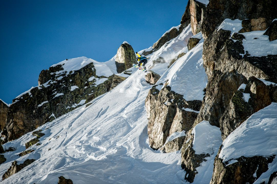 Swatch Freeride World Tour 2015 by The North Face: a Chamonix gara sospesa per nebbia. Luebke vince nello snowboard maschile