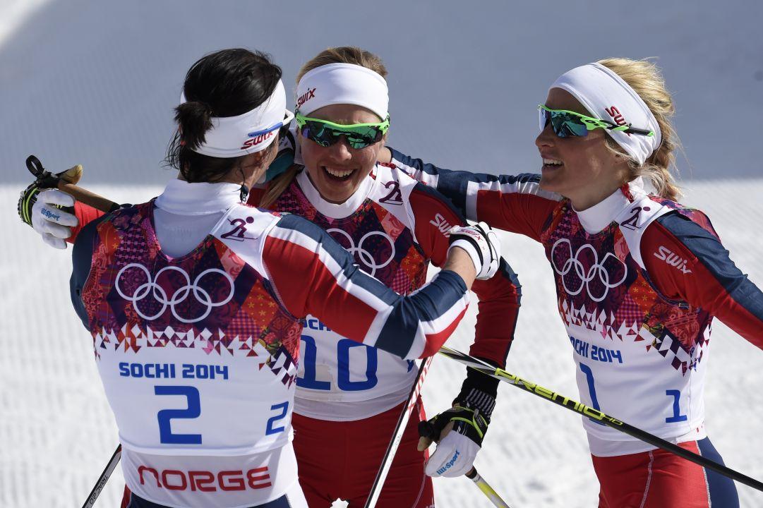 Bjørgen oro e leggenda nella 30 km di Sochi. Tripletta storica per la Norvegia