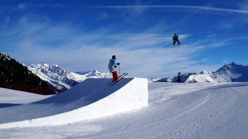 Le regole d'oro e di sicurezza per entrare in uno snowpark