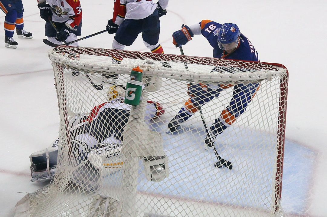 NHL: gara 6 dice Capitals, Stars e Islanders. Chicago allunga la serie