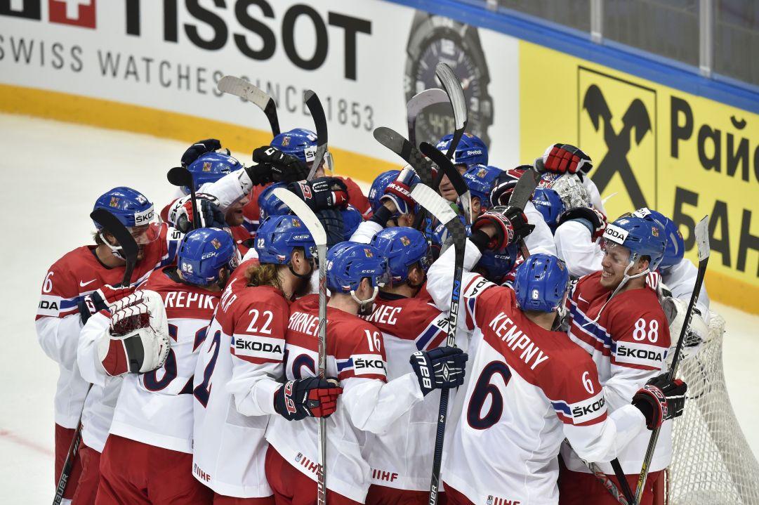 Mondiali: flop Russia all'esordio, Canada e Slovacchia vincono e convincono