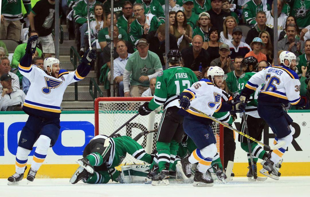 NHL: i Blues dominano gara 7 e sono in finale di conference dopo 15 anni