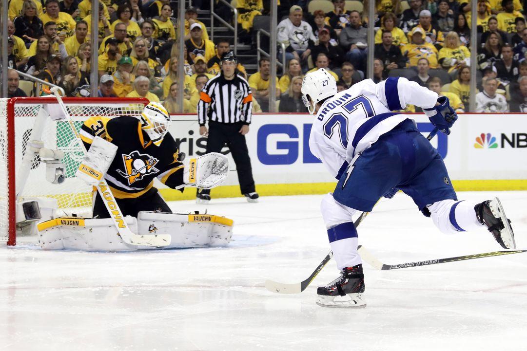 NHL: i Lightning vincono gara 1 contro i Penguins