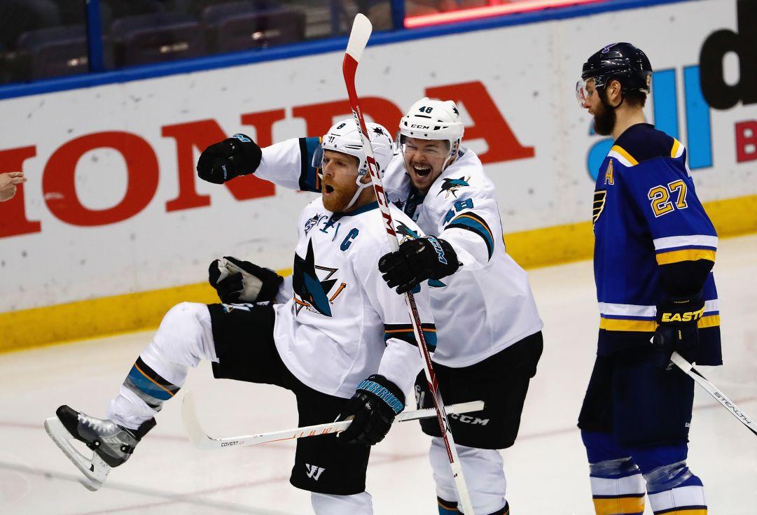 NHL: Sharks e Lightning a un passo dalla finale