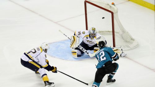 NHL: gli Sharks schiantano i Predators e sono in finale di Conference