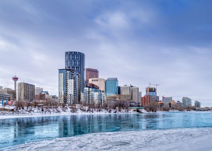 Olimpiadi 2026: Calgary resta in corsa, accordo sui finanziamenti pubblici