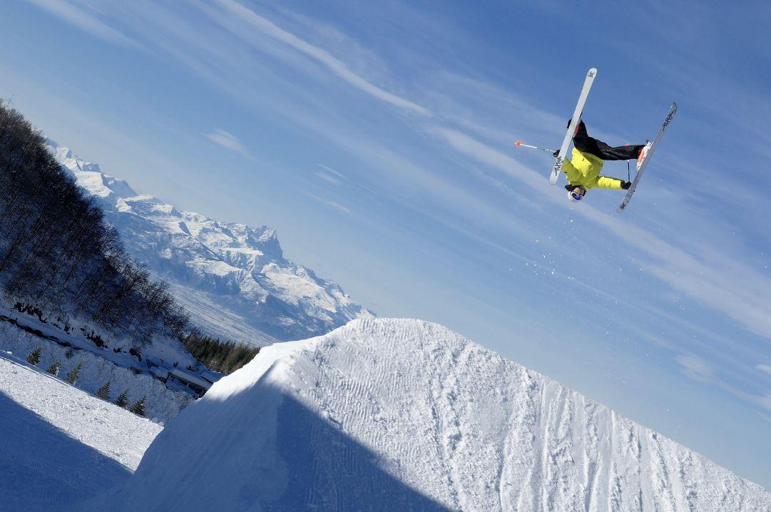 Foto scattata durante la competizione ad invito Rail Way To Heaven di Prato Nevoso (CN) Skier: Andrea Bergamasco Photo: Matteo Ganora Nikon D300s