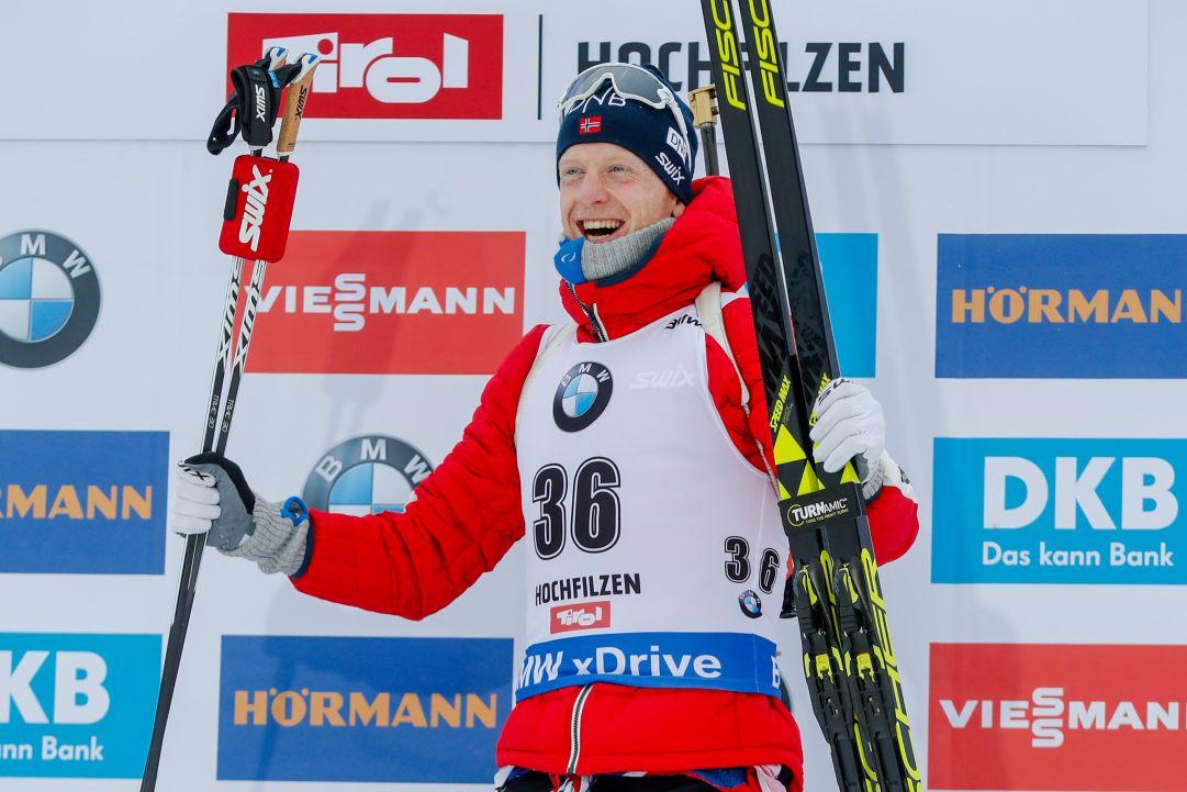 Johannes Bø firma la doppietta a Hochfilzen, suo anche l'Inseguimento