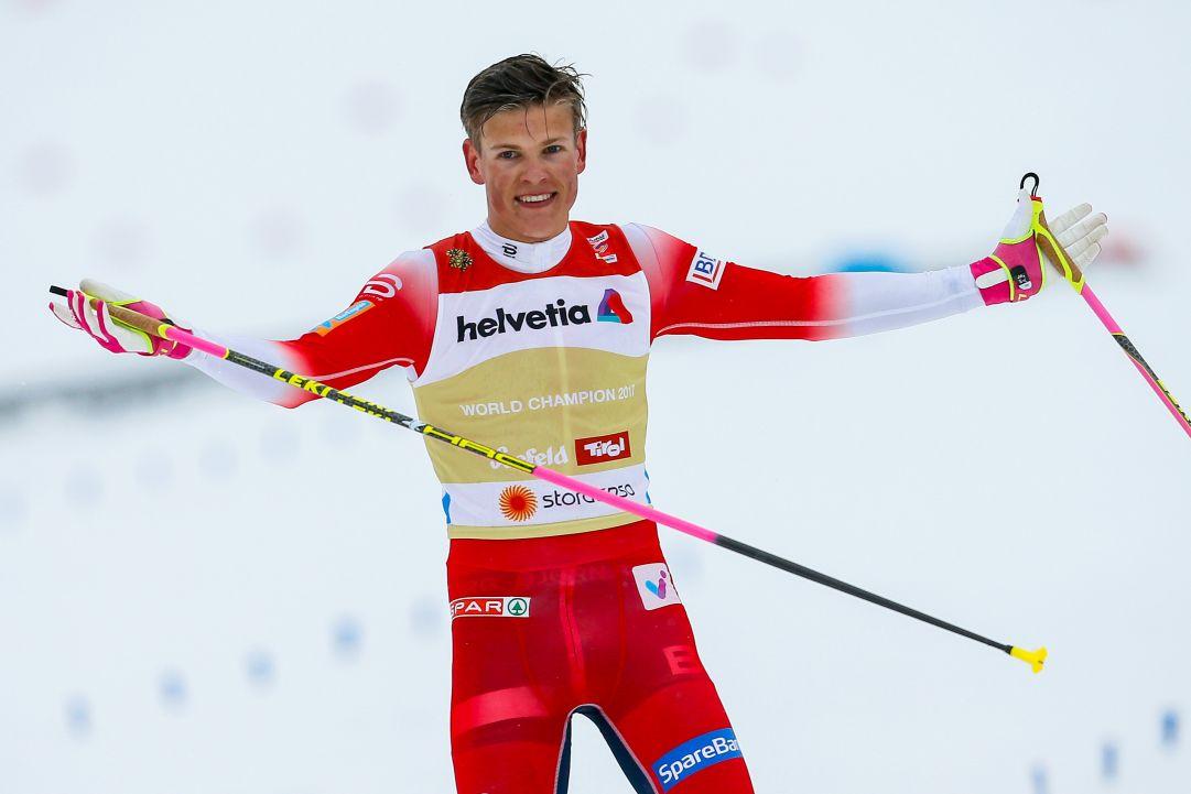 Klæbo batte i russi nella 15 km in classico della Val di Fiemme, Bolshunov resta leader del Tour de Ski