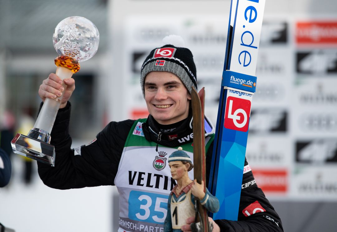 Marius Lindvik si conferma e conquista anche la qualificazione di Innsbruck