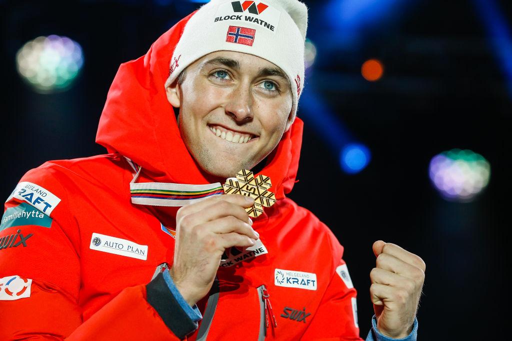 Combinata nordica: Jarl Magnus Riiber vince in volata il titolo iridato nella prova su Normal Hill