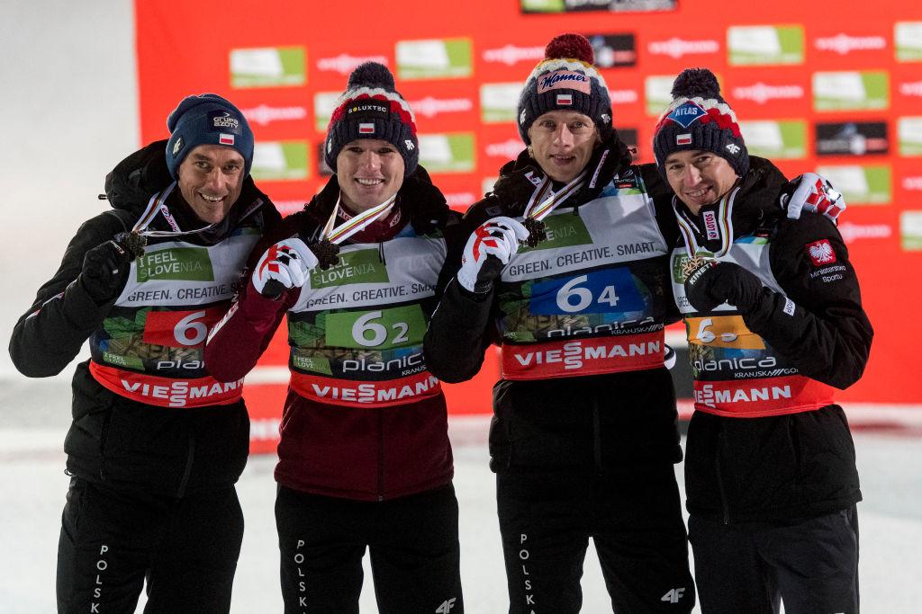 Che confusione a Oberstdorf: la Polonia viene riammessa alla gara, rivoluzionato il programma