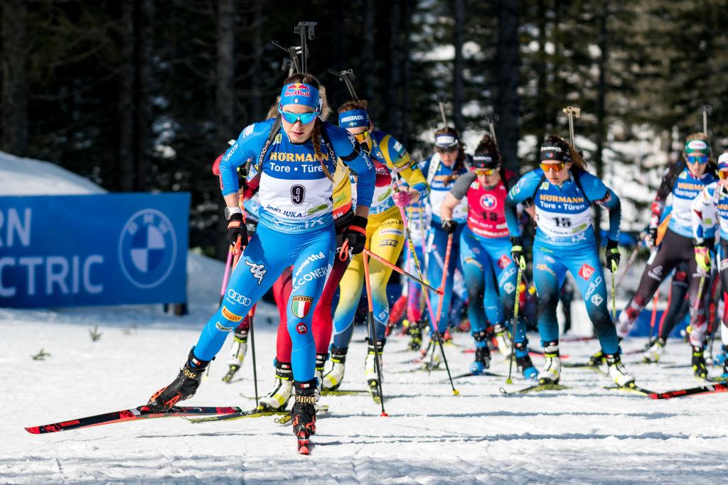 Live da Oestersund per la Mass Start femminile: condizioni al limite, ma si gareggia