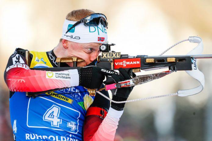 Biathlon: Johannes Bø vince in volata la spettacolare Mass di Ruhpolding