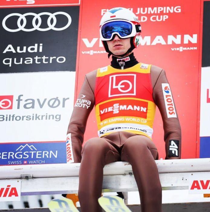 Kamil Stoch detta legge anche nella qualificazione di Lillehammer