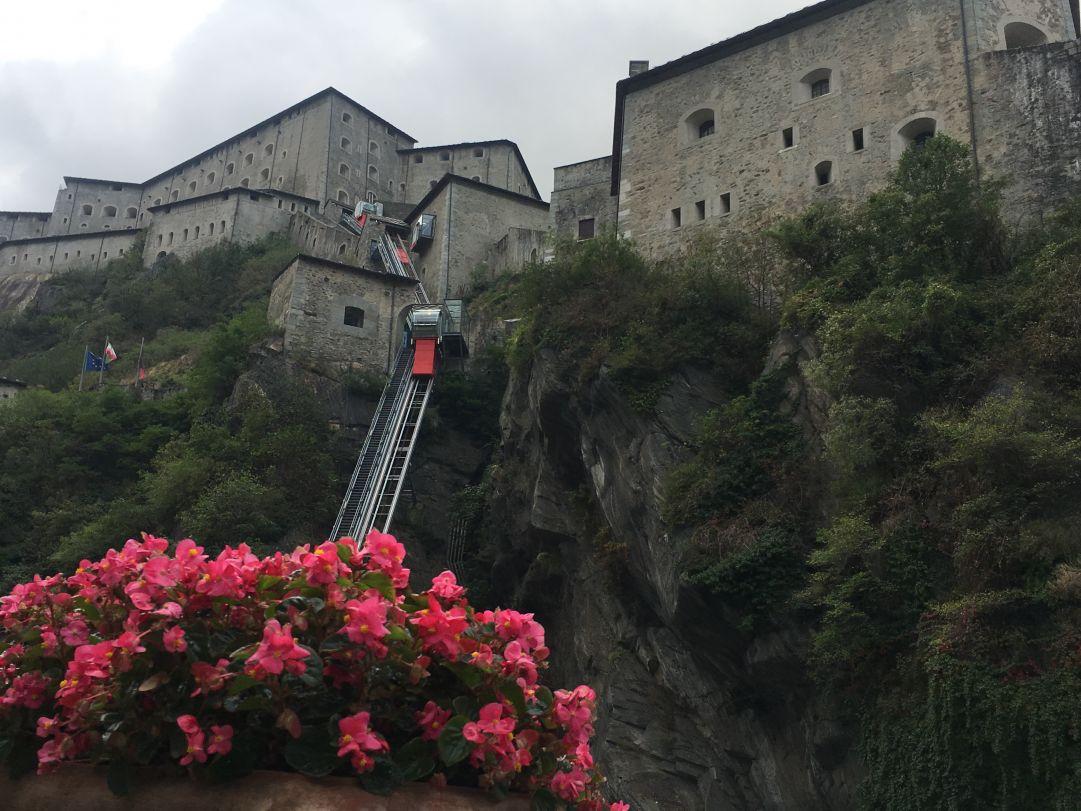 Bard (Aosta): successo per il 13°Marchè au Fort