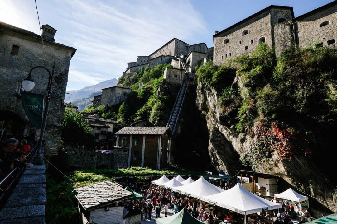 Forte di Bard: domenica 9 ottobre la 13° Marchè au Fort, la mostra delle eccellenze enogastronomiche della Valle d'Aosta