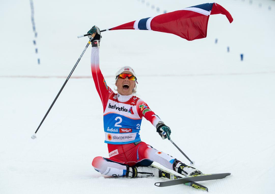Therese Johaug detta legge nella 10 Km in classico di Ruka, è leader dell'Opening!