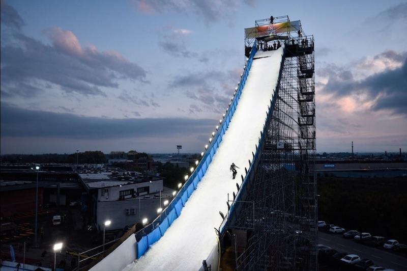 Big air dello snowboard di Modena di Coppa del Mondo, Alberto Maffei alle fasi finali