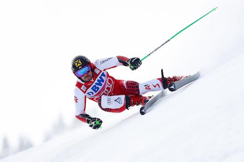 Marcel Hirscher trionfa per la quarta volta nel gigante di Adelboden