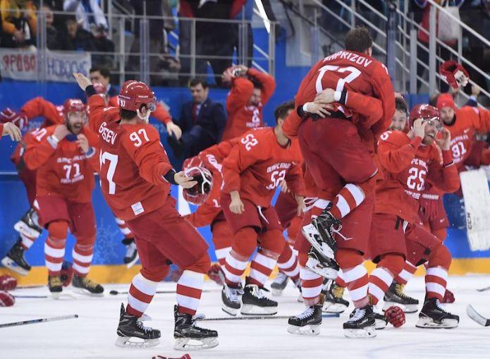 Trionfo dei russi nell'hockey maschile, sfuma il miracolo sul ghiaccio della Germania