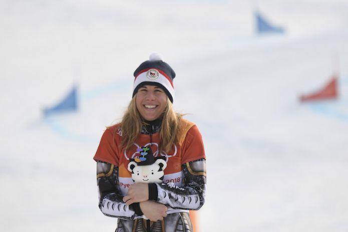 Ester Ledecká è oro anche nel 'suo' gigante parallelo ed entra nella leggenda