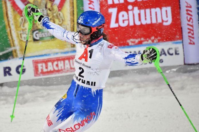 Una febbricitante Petra Vlhova trionfa nello slalom di Flachau, battuta Mikaela Shiffrin!