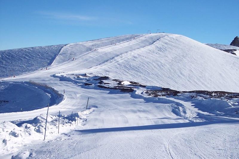 Sei cannoni da neve per salvare il ghiacciaio di Les Deux Alpes