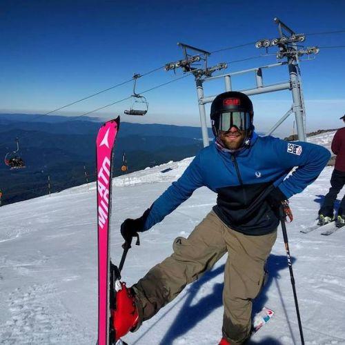 Travis Ganong è tornato sugli sci