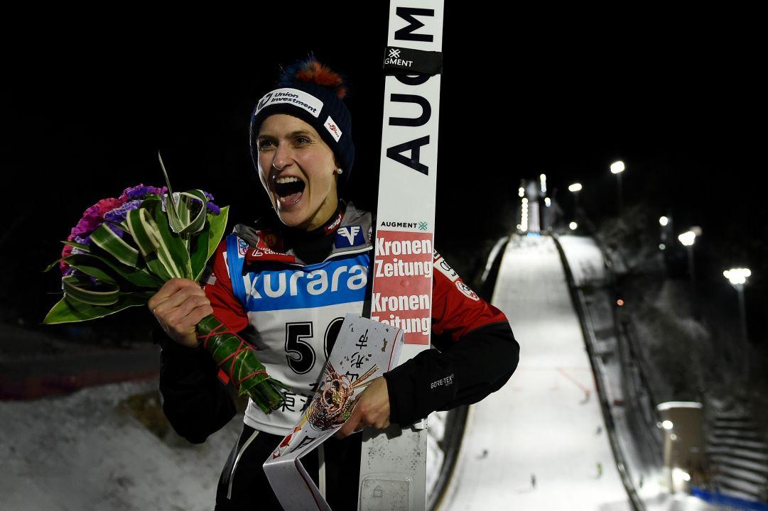 Brutta caduta in allenamento per la saltatrice austriaca Eva Pinkelnig