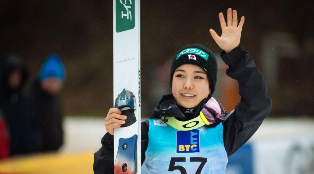Sara Takanashi sigilla il Summer Grand Prix, Lara Malsiner 15esima a Courchevel: stasera in gara gli uomini