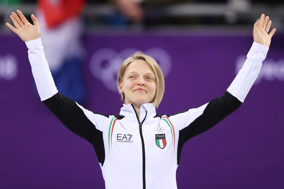 Arianna Fontana ritrova subito il podio: 2° posto sui 1500 di Montreal, stasera la battaglia sui 500