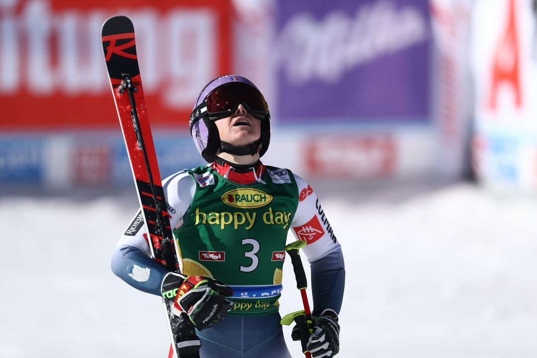 Esulta Tessa Worley a Sankt Moritz: la francese brucia Fest e Holdener. Cillara Rossi sesta, Bassino out