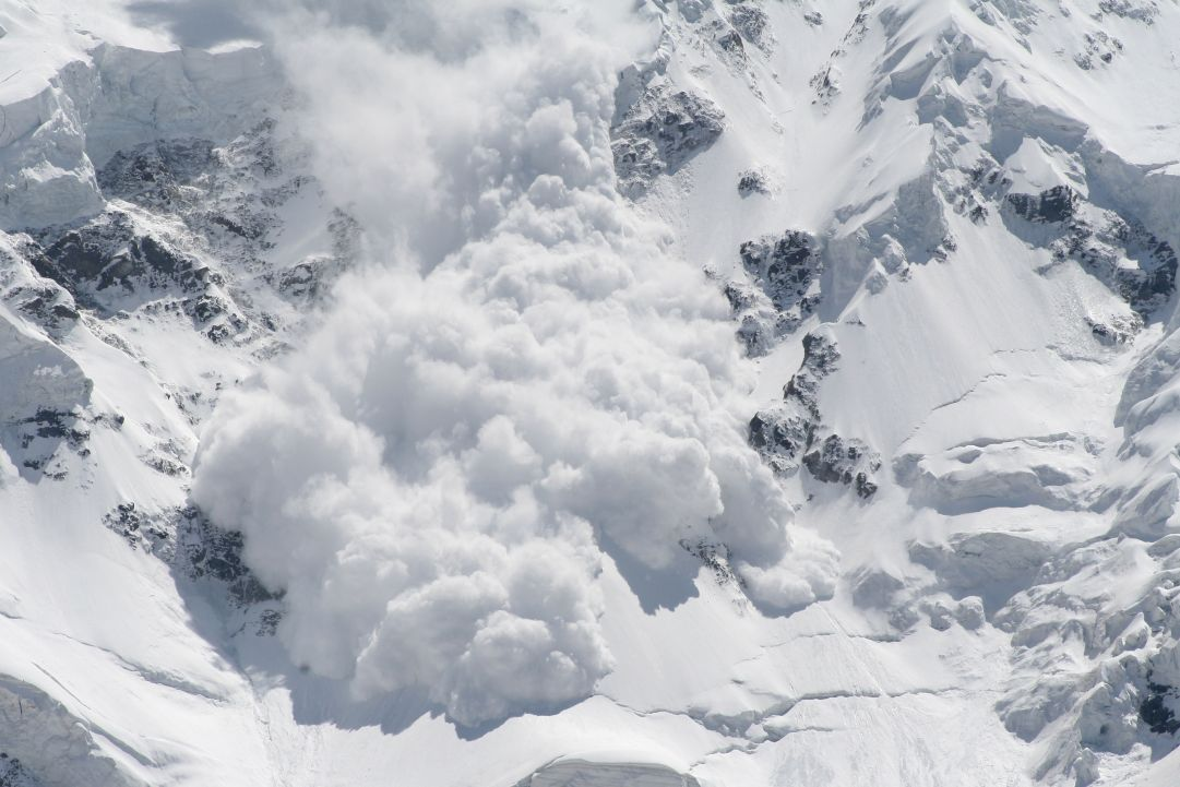 Tragedia a Cortina: una valanga uccide un ragazzo di 23 anni, travolto sotto la Tofana di Rozes