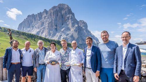 Kilde si trasforma in chef per festeggiare la vittoria del Sudtirol Ski Trophy: 'Val Gardena, un luogo magico'