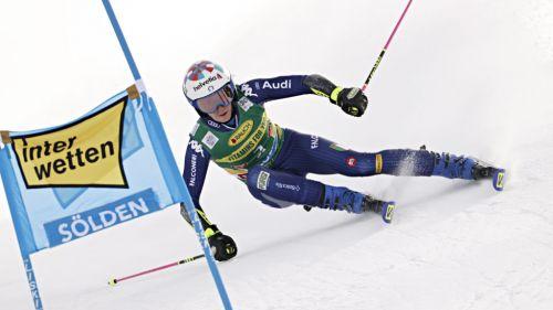Tutti sul Rettenbach per due giorni di assaggio: azzurri soddisfatti, mentre in Senales si preparano slalomisti e discesisti