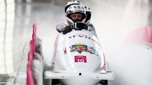 Oskars Melbardis dice basta a 33 anni: il campione olimpico saluta il mondo del bob