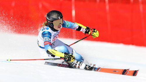 Nina O'Brien domina il super-g di Aspen, è il suo ottavo titolo nazionale a soli 23 anni...
