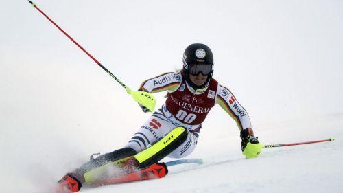 Altro ritiro di una giovane slalomista di CdM: lascia a 22 anni Martina Ostler, torna sugli sci Nina Ortlieb