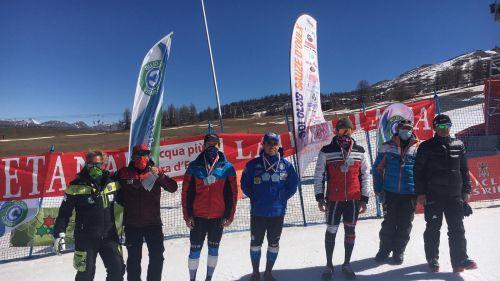Ultimo giorno di gare FIS a Sestriere, in slalom vincono ancora Riccardo Allegrini e Maria Sole Antonini