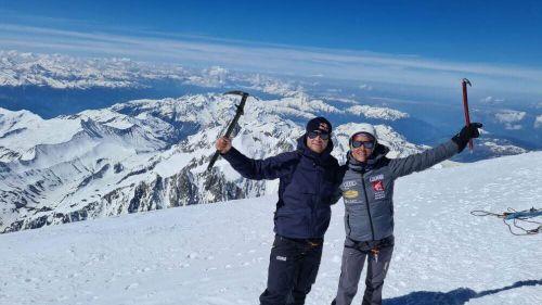 Uno scialpinista speciale sul Monte Bianco: Alexis Pinturault in vetta sulla storica via dei Grands Mulets